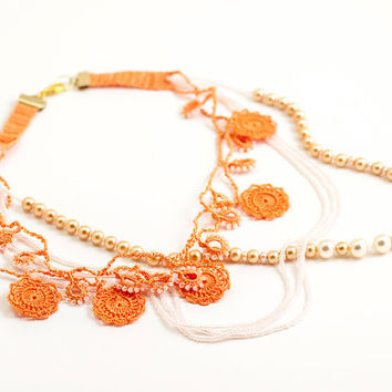Brides Chunky Necklace Layered Chic Pearls Peach White Crochet Lace Necklace Bridal Statement Unique Jewelry Wedding Ottoman Iznik Tile