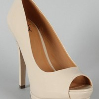 Delicious Rigby-S Patent Peep Toe Pump