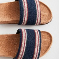 UO Pacey Sweater Pool Slide | Urban Outfitters Canada