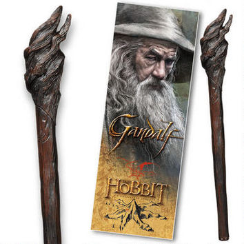 The Hobbit: An Unexpected Journey 3D Gandalf Bookmark and Staff Pen by Noble | WBshop.com | Warner Bros.