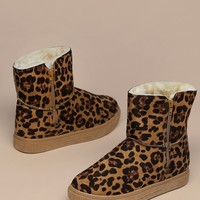 Faux Fur Lined Leopard Cold Weather Boots