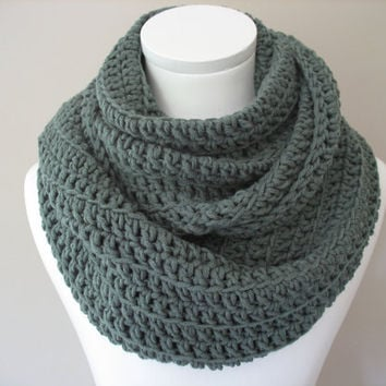 Infinity Scarf, Crochet scarf in Titanium Grey, Double Infinity Cowl,  Snood