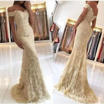 Evening Dresses Mermaid Tulle Cap Sleeves Lace Aplique Buttons Back Long Prom Gown