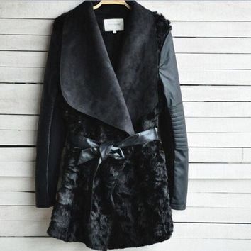 ONETOW 2015 Brand Black shearling panel waterfall biker jacket Women Fur Coat with Sashes long PU Leather Outerwear Patchwork casacos (Color: Black) = 1932286276