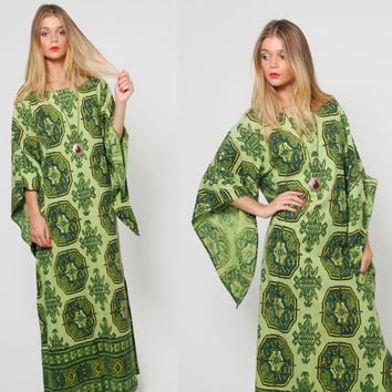 Vintage 60s Hippie Caftan Green GRAPHIC Print Ethnic Maxi Dress Gypsy Dress Boho ANGEL Sleeve Dress