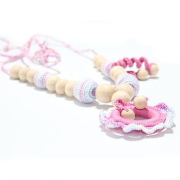 Nursing necklace / Teething necklace /  Crochet Necklace for mom and child / Breastfeeding Jewelry for Mom / Crochet sling necklace