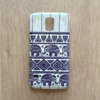 Elephant tribal on wood iphone 6 case / iphone 6 plus case // Samsung galaxy S6 case / galaxy S5 case / iphone 4 5 5S 5C, S4 note 3 note 4