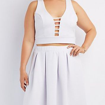 PLUS SIZE TEXTURED CAGED CROP TOP