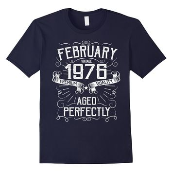 Vintage February Made in 1976 T-Shirt 42nd Birthday Gift Tee