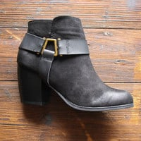 Badlands Booties in Black