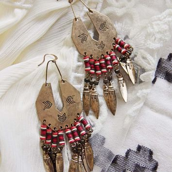 Shadow Sands Earrings