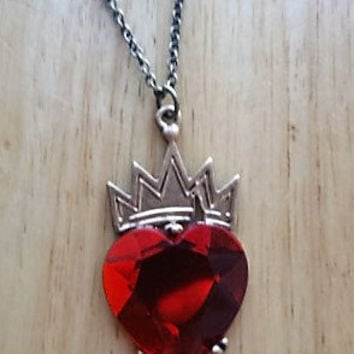 Disney Descendants Evie inspired Necklace Red Heart Gold Crown look a like Gift
