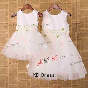 20% OFF!!! Ivory Tulle Satin Flower Girl Dress Toddler Birthday Party Dress with Flower/Bow and Petals