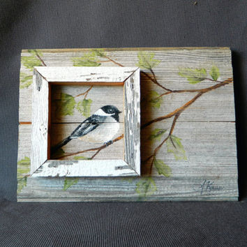 Hand painted Bird with boxed in feature, Wall art, barnwood, Reclaimed Wood Pallet Art, Rustic and Shabby Chic
