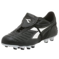 Diadora Women`s Maracana MD PU Women`s Soccer Cleat,Black/White,9 M