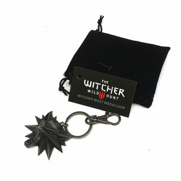 The Witcher 3 Wild Hunt Medallion keychian  video game Keychain Key Ring The Wild Hunt 3 Figure Game Wolf Head Alloy Key Chains