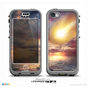 The Fiery Metorite Skin for the iPhone 5c nüüd LifeProof Case