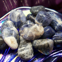 SODALITE Mental Clarity Stone - Balance Energy, Clear Mind, Calm Conflict & Open Your Third Eye