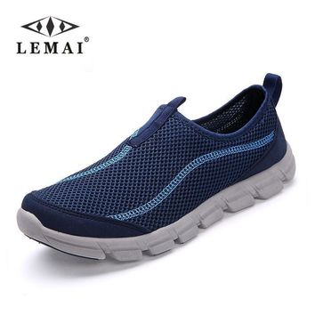 LEMAI 2017 New Men Casual Shoes, Summer Mesh For Men,Super Light Flats Shoes, Foot Wrapping Big Size #36-44