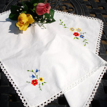 "French Country Centerpiece doily, Tray liner, small runner, embroidered , oblong, 18x14.5"", French decor, Cottage chic"