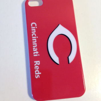 Cincinnati Reds phone cover for the Iphone 5 5s