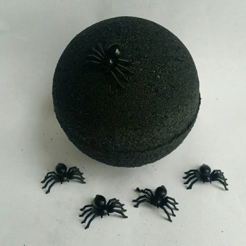 Black Hole Bath Bomb / Spider Lair Bath Bomb