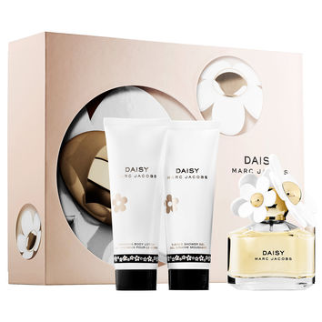 Sephora: Marc Jacobs Fragrances : Daisy Gift Set : perfume-gift-sets