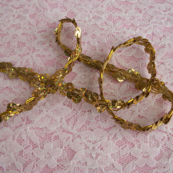 3 YARDS,Wavy Sequin Braid Trim,Gold,Costumes, Burlesque, Mardi Gras,Hat Trims, Scrapbooking Trim,Embellishment Trim,Decorative Trim