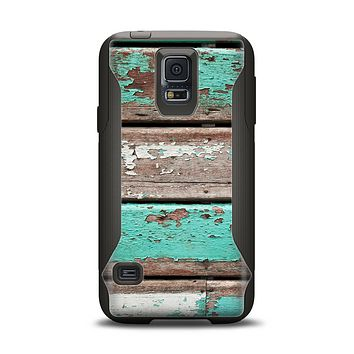 The Chipped Teal Paint On Wood Samsung Galaxy S5 Otterbox Commuter Case Skin Set