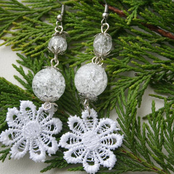Winter earrings, christmas earrings, christmas jewelry, christmas gifts, white earrings, holiday earrings, lace earrings, jewelry