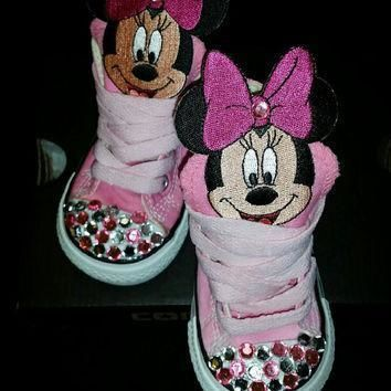 pink minnie mouse custom converse pictured is a size 4
