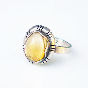 Vintage Ring Sterling Silver Mexican Jelly Opal Eagle One CAM Hallmark Jewelry