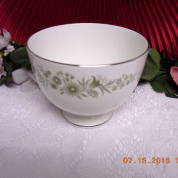 Wedgwood White China Dinnerware WestBury Pattern #: R4410 Open Sugar Bowl