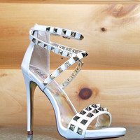 "Luichiny Humor Riot White Leatherette Gold Stud Cross Strap Sandal Shoe - 5"" Heels"