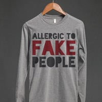 ALLERGIC TO FAKE PEOPLE LONG SLEEVE T-SHIRT (ID6030105)