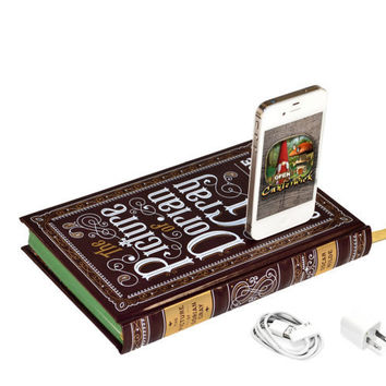 The Picture of Dorian Gray Canterwick Book Charger by CANTERWICK