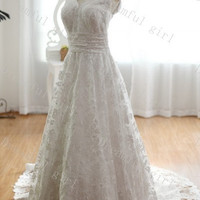 Fashion 2014 spring wedding dress V-neck lace with chapel train big discount,cheapest