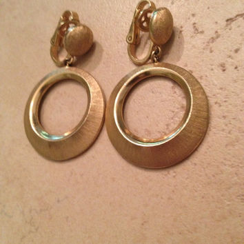 Vintage Trifari Earrings Brushed Gold Dangle Costume Jewelry