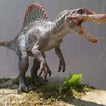 Spinosaurus 1:18 scale UNPAINTED AND UNASSEMBLED Resin kit