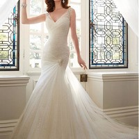 [208.99] Chic Tulle V-neck Neckline Mermaid Wedding Dresses with Beadings & Rhinestones - Dressilyme.com