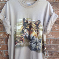 Super soft // indie// t shirt// wolves