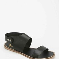 Ecote Simple Snap Sandal- Black 8