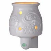 Wax-Free Night Light Warmer with Vanilla Scented Disc