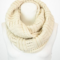 New Ivory Chunky Ribbed Knit Scarf, Knit Infinity Scarf,  Knitted Scarf, Infinity Scarves, Infinity Scarf, Loop Scarf, Hand Knitted Scarf