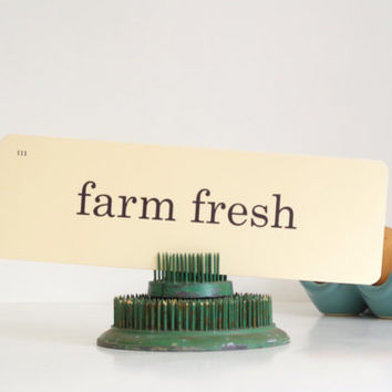 farm fresh flashcard // vintage flashcard // vintage paper ephemera / farmhouse sign / word flashcards // farmhouse decor // farm fresh sign