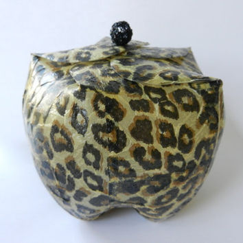 "Pop Box - ""Leopard"" - made out of upcycled plastic bottles - to use as gift or jewelry box or as candle holder- Cola Flasche"