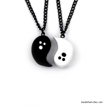 GHOSTS YIN YANG // BESTIE NECKLACES