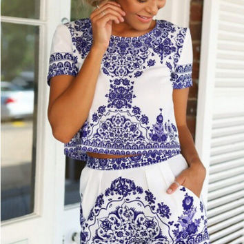 Print Round-neck Short Sleeve Chiffon Two Piece Dress = 5861508545