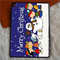 A CHARLIE BROWN CHRISTMAS HAPPY iPad Pro Case