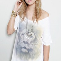 Airbrushed Lion BF Tee - TEES & TANKS - TOPS - Shop Online